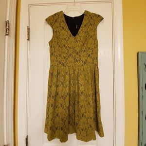 Green Lace Kensie Fit and Flare Dress